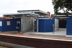 Temporary station buildings at Murrumbeena platform 2