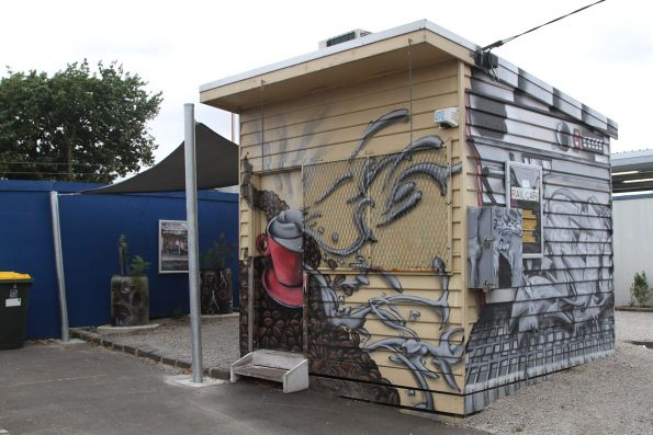 Coffee kiosk still in place on the southern side of Murrumbeena station