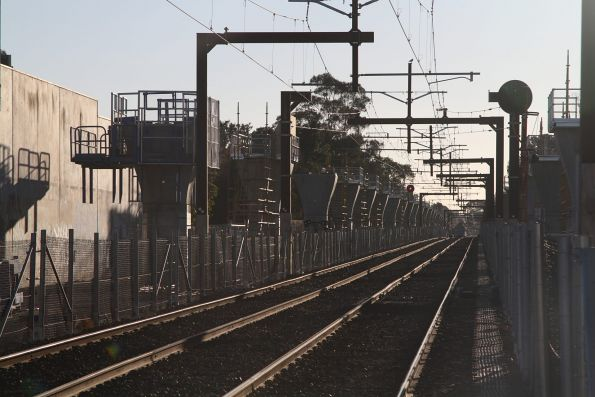 Piers installed between Murrumbeena and Carnegie stations