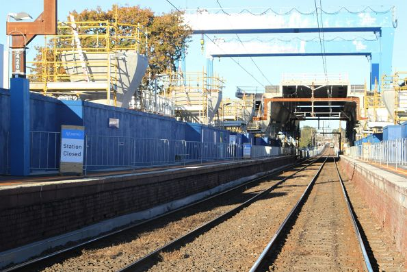 Murrumbeena station closed to passengers to allow for construction to continue