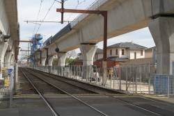 Skyrail viaduct spans in place west of Murrumbeena station