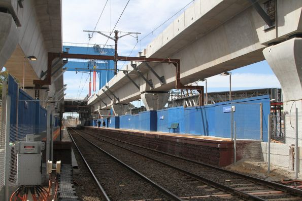 Skyrail viaduct spans in place above Murrumbeena station