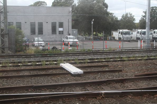 Tracks baulked at the down end of Caulfield station