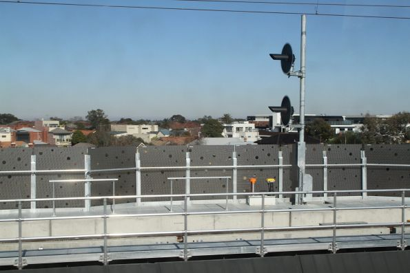 Home signals between Carnegie and Murrumbeena station