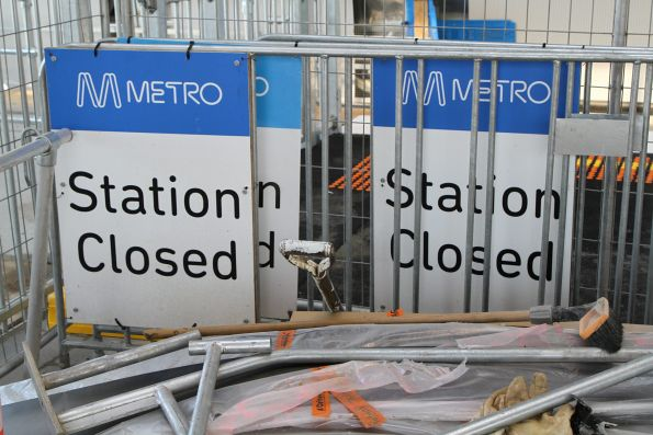 'Station closed' signage at Hughesdale station