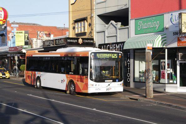 CDC Melbourne #141 rego 9585AO on a route 625 service waits at Ormond station