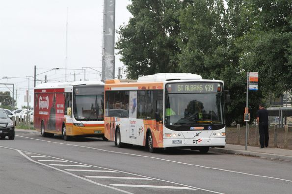 CDC Melbourne bus #91 9071AO on route 419 at Watergardens station