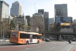 CDC Melbourne bus #123 7513AO on route 605 crosses Queens Bridge