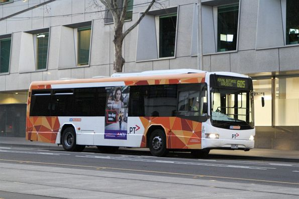 CDC Melbourne bus #23 7532AO on route 605 on William Street