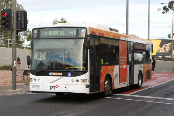 CDC Melbourne bus #65 3997AO arrives at Sunshine station on route 410