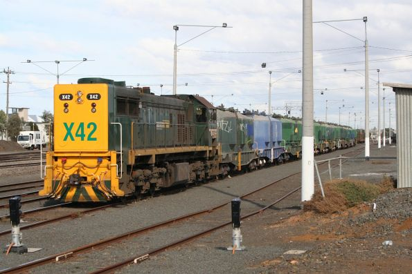 X42 on a cement train at North Geelong Yard