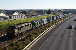 A78 approaches Geelong, taking empty wagons from North Geelong Yard to Waurn Ponds