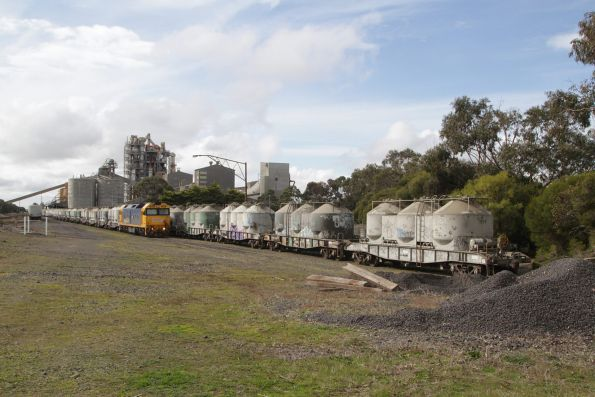 Shunting cement wagons at Waurn Ponds cement works