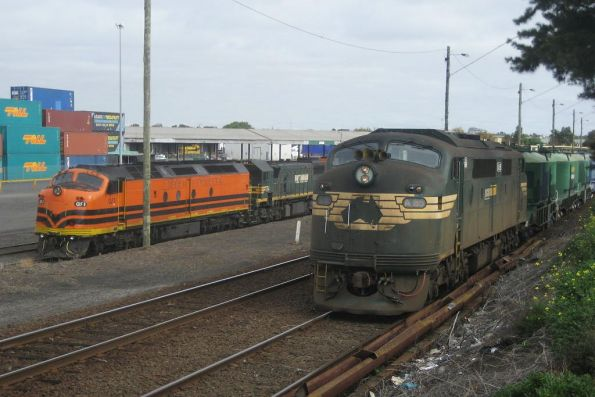 A85 on a Lyndhurst bound cement train brings bulldog noses 6 and 7 to the party at North Dynon