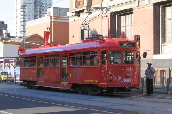 2006 Christmas tram SW6.862 southbound at Spencer and Bourke Street
