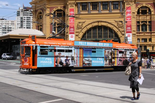 SW6.866 advertising 'Polly Woodside' outside Flinders Street Station
