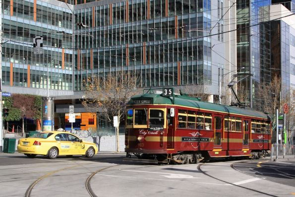 City Circle W6.983 eastbound at La Trobe and William Streets