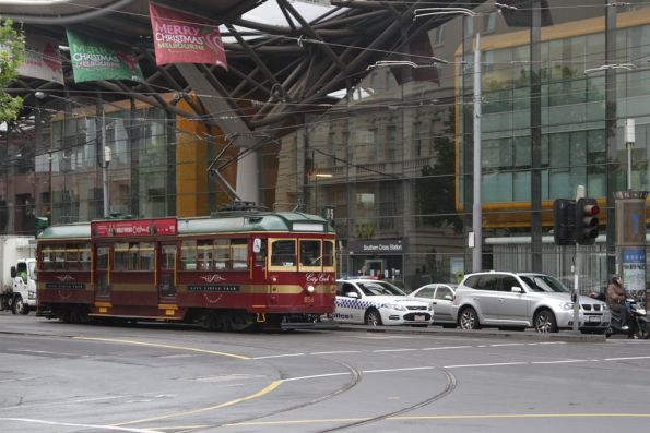 An out of service SW6.856 heads north at Spencer and Bourke Streets