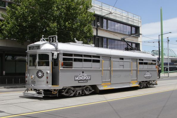 W7.1020 advertising 'Melbourne Monopoly' heads east at La Trobe and Spencer Street