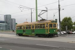 W8.981 heads east at La Trobe and Adderley Street