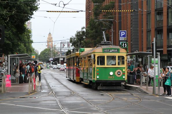 W8.983 heads west at Flinders and Spencer Street