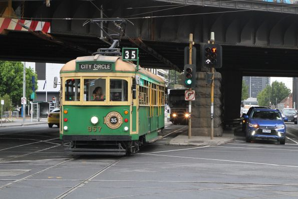 W8.957 eastbound on the City Circle at Flinders and Spencer Street