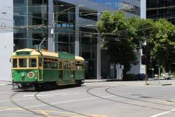 W8.946 turns from Victoria Parade into Nicholson Street