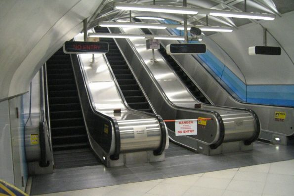 'NO ENTRY' sign illuminated for the up escalator at Parliament station