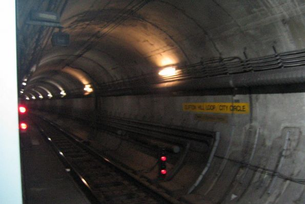 Clifton Hill Loop / City Circle tunnel at Parliament station