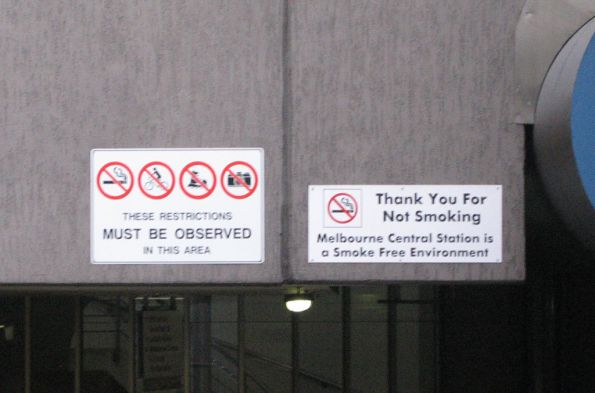 Melbourne Central Station no photo sign - whoops!