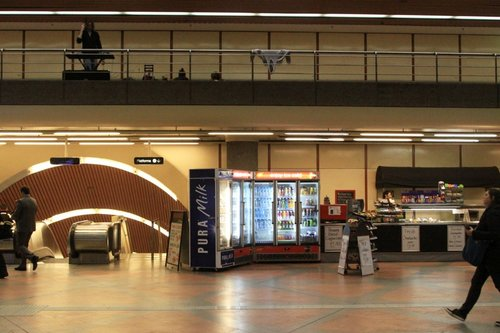 Eastern wall of the Flagstaff Station concourse