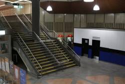 Little used staircase linking the main southern concourse and the upper level walkway to the Flagstaff Gardens exit