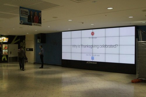 JCDecaux advertising screen installed on the Swanston Street concourse at Melbourne Central