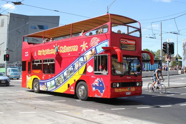 City Sightseeing Melbourne bus 9351AO at Flinders and Swanston Street