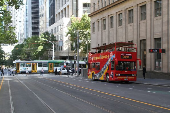City Sightseeing Melbourne bus BS00GS heads north at William and Collins Street