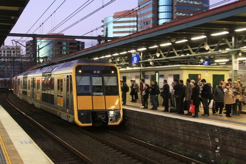 Tangara set T60 arrives into Central in afternoon peak