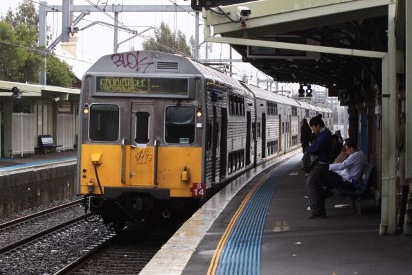 Set S14 arrives into Canterbury, bound for Central