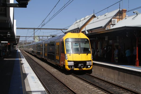 Waratah set A71 arrives into Campbelltown station with a service from Macarthur