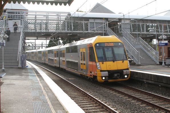 A46 leads an up service express through Homebush station