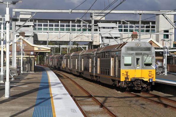 C6 trails an up service out of Flemington station