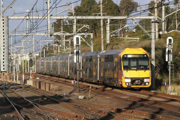 A38 approaches Lidcombe on a down Leppington service