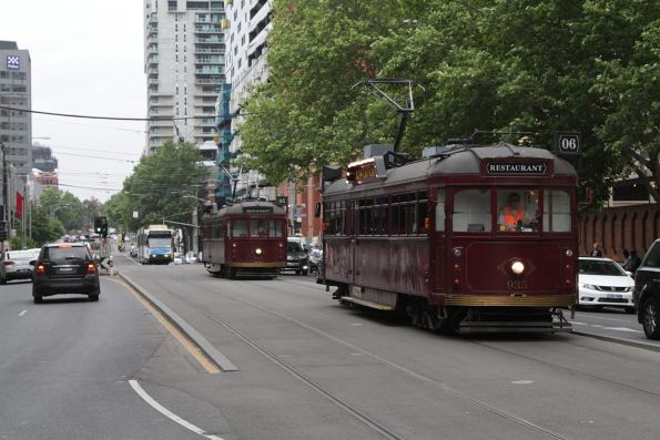 SW6.935 and SW6.964 head south at Spencer and Little Collins Street