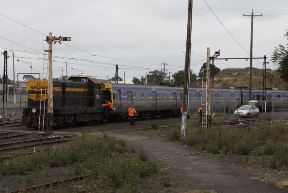 Comeng transfer, October 2009