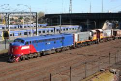 S302, Y145 and Y168 at Melbourne Yard with a ballast train