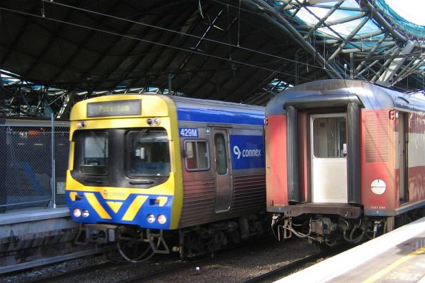 EDI Comeng 429M on a down Pakenham service at Spencer Street Station