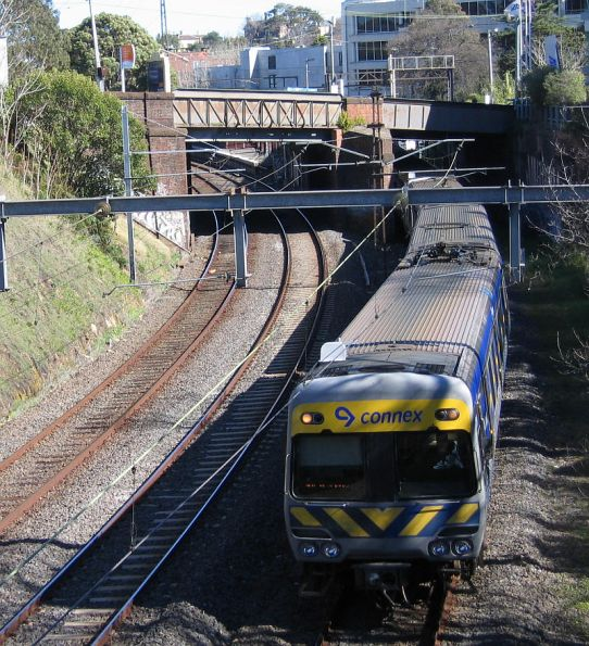 Down Alstom Comeng at Hawthorn