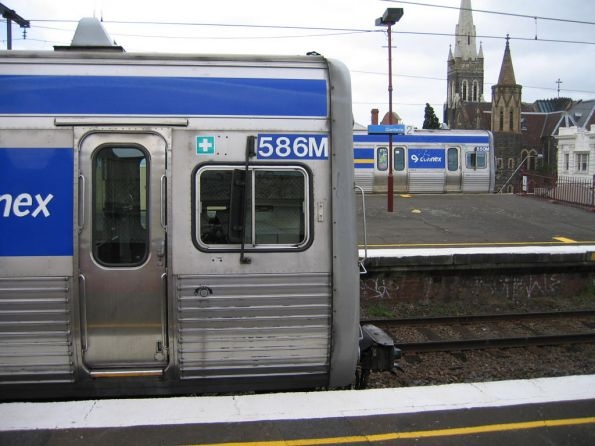 586M and 650M at Glenferrie