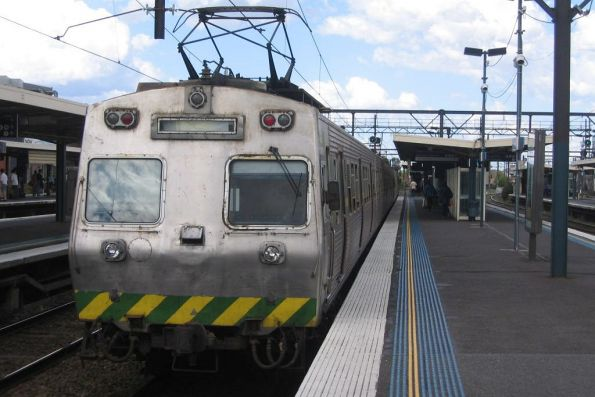 Tail end of a Hitachi at Richmond Station