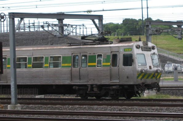 Passing another Hitachi on the up into Flinders Street