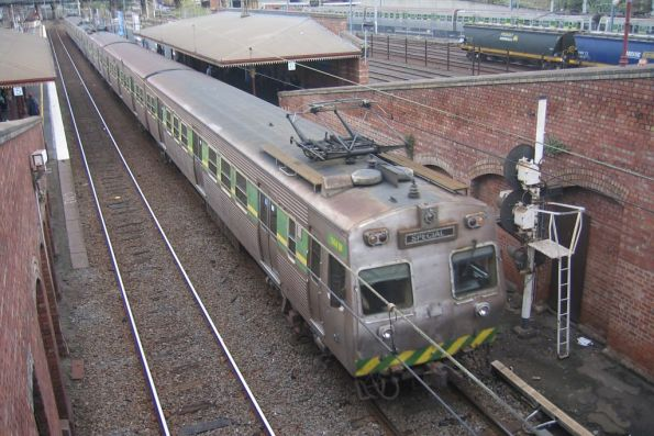 Hitachi 144M and co at North Melbourne